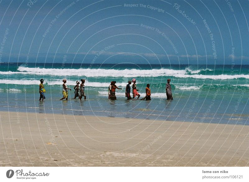 Woman Ocean Beach Colour Work and employment Moody Multiple Africa Fishing (Angle) Madagascar