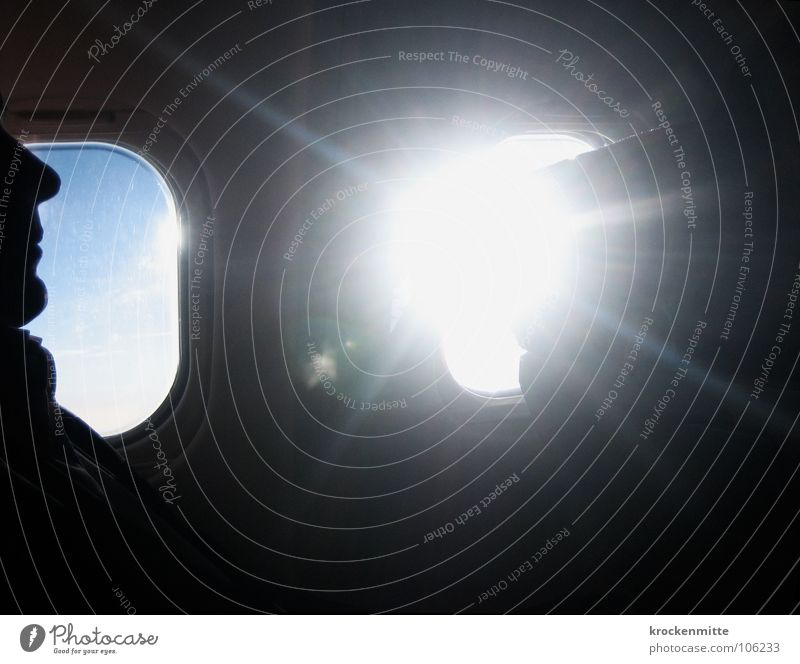 Man Sky Sun Face Vacation & Travel Window Airplane Glass Horizon Aviation Logistics Vantage point Seating Above the clouds