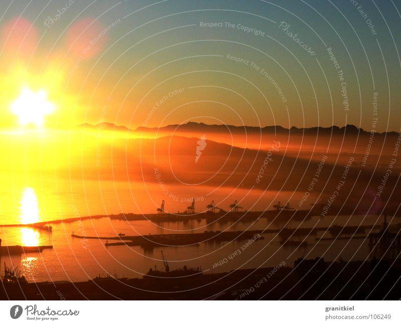 sunrise Crane Fog bank Cape Town Morning Watercraft Sunrise Harbour Mountain Gold Lighting