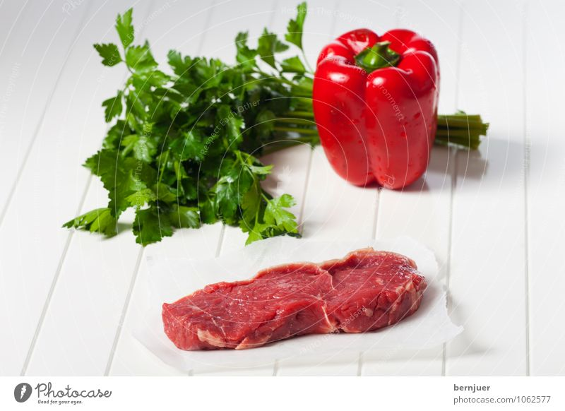 Ingredients Food Meat Vegetable Nutrition Organic produce Cheap Good Green Red White Steak loin of beef Beef Parsley Pepper Wooden board Paper Raw Thin