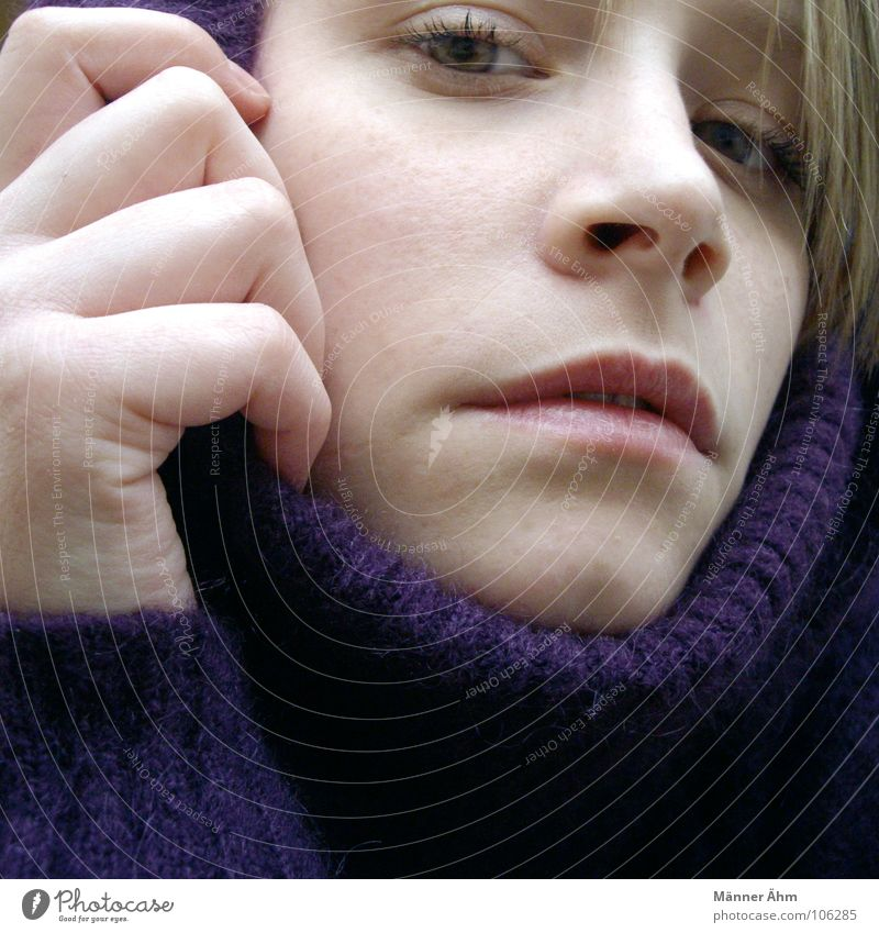 Woman Hand Winter Face Cold Warmth Hair and hairstyles Rain Ice Wait Clothing Violet Physics Freeze Sweater Wool