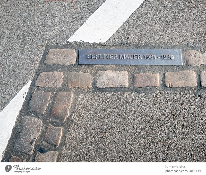 Berlin Wall Memorial Stones Town Capital city Wall (barrier) Wall (building) Monument Street Signs and labeling Freedom Hope Tourism Past Reunification East