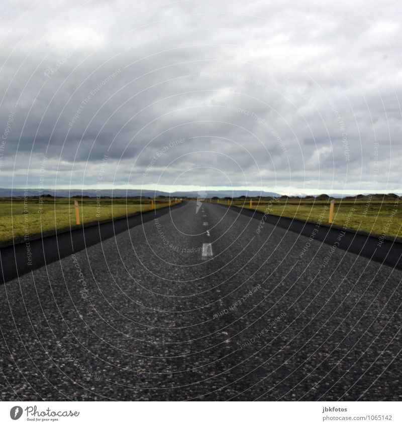 Vacation & Travel Far-off places Travel photography Cold Street Coast Horizon Empty Infinity Middle End Iceland Square Motoring Road traffic Focal point