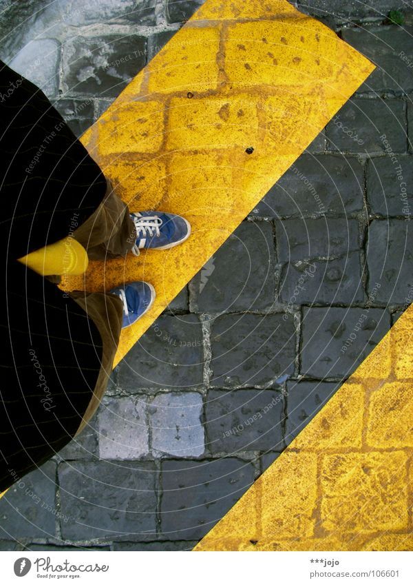 Yellow Colour Footwear Road traffic Transport Floor covering Italy Jacket Traffic infrastructure Cobblestones Pedestrian Paving stone Zebra Subsoil Intersection