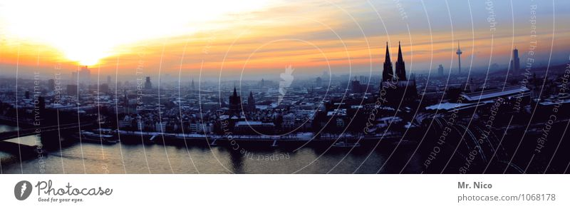 ahl dirty town Environment Sky Winter Climate Town Downtown Skyline Landmark Horizon Cologne North Rhine-Westphalia Cologne Cathedral Hohenzollern Bridge