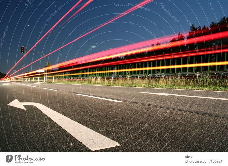 Street Dark Fear Speed Dangerous Stripe Sign Arrow Tails Panic Left Intoxicant Country road