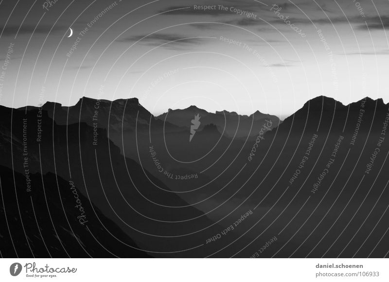 moonset Half moon Black White Night Sunset Cirrus Climate change Switzerland Bernese Oberland Hiking Mountaineering Leisure and hobbies Endurance Clouds