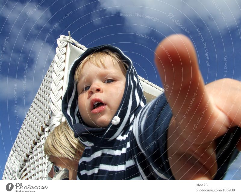 I want to go back to Westerland. Summer Beach Child Human being Masculine Toddler Boy (child) Infancy Head Face Hand Fingers 1 3 - 8 years Sand Sky