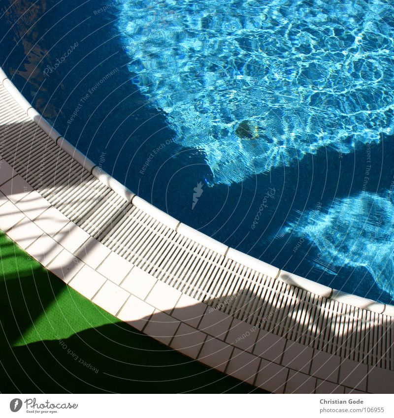 pool Swimming pool Blue-green White Vacation & Travel Swimming trunks Swimsuit Artificial lawn Relaxation Summer France Cote d'Azur Detail Water Tile Shadow