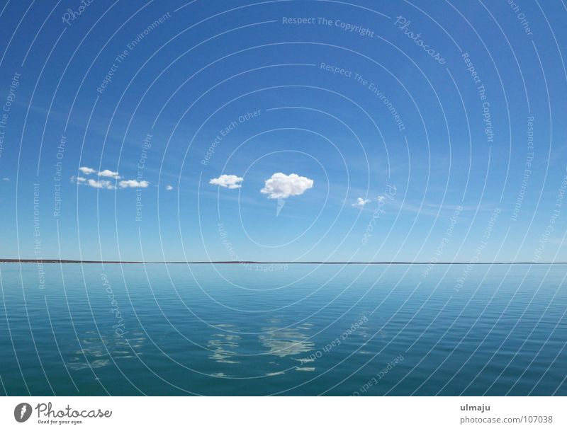 Nature Water Sky White Ocean Blue Calm Clouds Far-off places Relaxation Lake Weather Horizon Americas Smoothness