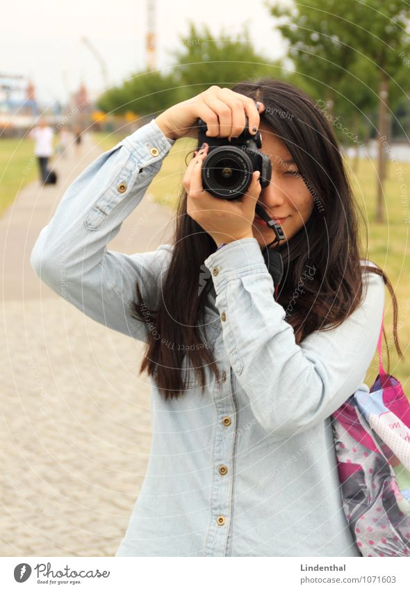 Woman Black Hair and hairstyles Camera Bag Asians Take a photo Portrait format