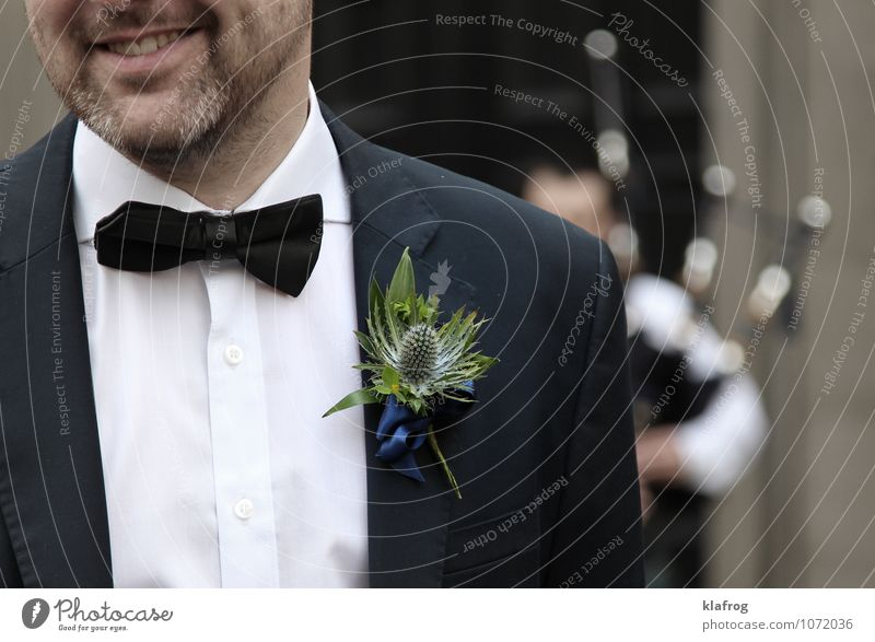 Scottish Wedding Thistle Feasts & Celebrations Masculine Man Adults Partner Facial hair 1 Human being 30 - 45 years Dance Music Bagpipes Piper Scotland Suit