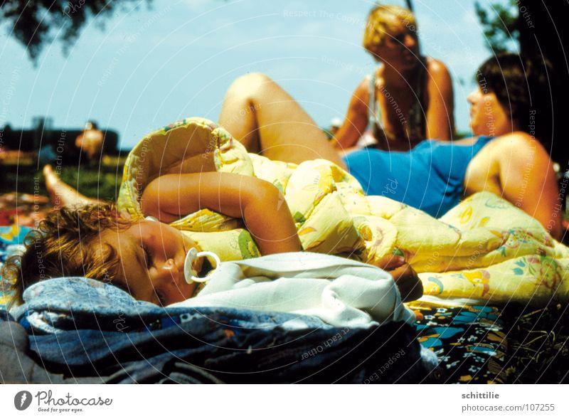 Woman Child Girl Sky Lake Baby Sleep Peace Toddler Blanket Peaceful Open-air swimming pool