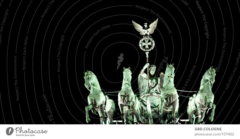 quadriga@night Brandenburg Gate Horse Statue Monument Art Nike Back-light Pariser Platz Landmark Symbol of the state Historic Berlin Tourist Attraction Victoria
