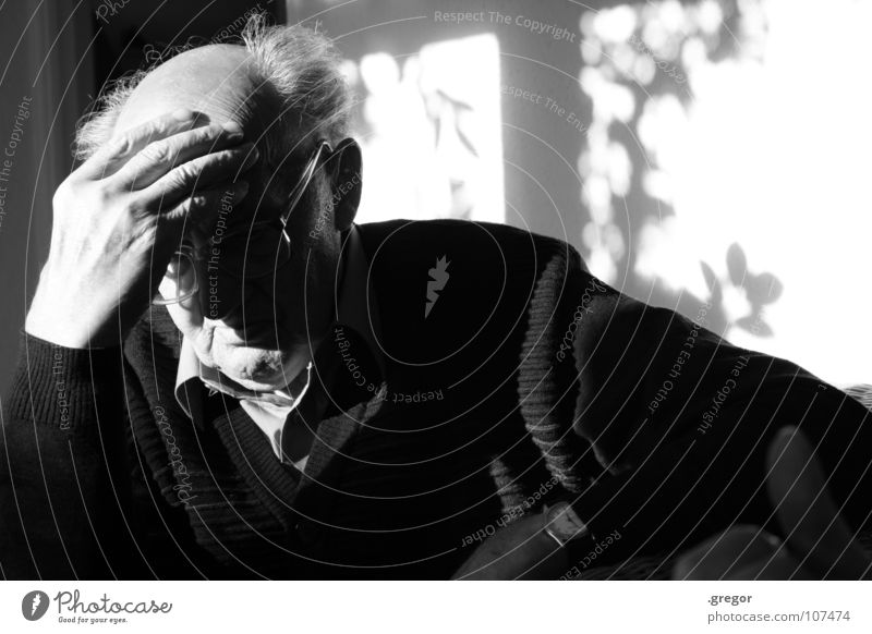portrait of an old man (3) Grandfather Calm To be silent Rest Thought Remember Memory Think Doomed Go under Wisdom Smart Time Old Frustration Transience Light