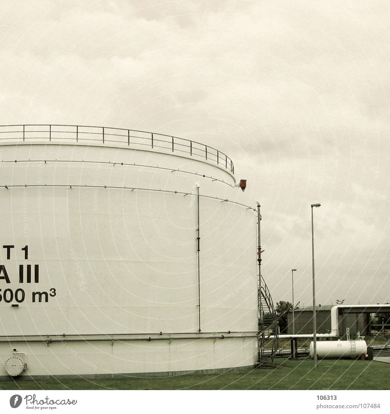 Sky Metal Large Circle Industry Might Round Dresden Work of art Tank Containers and vessels Square meter