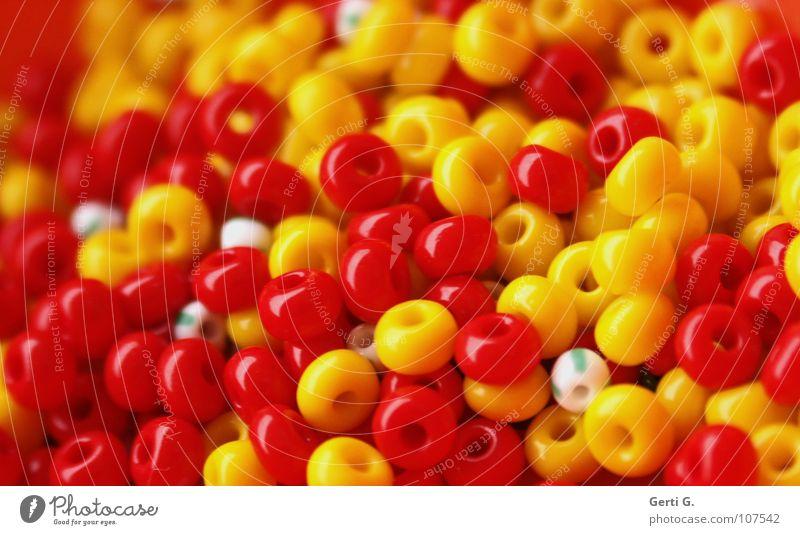 White Red Joy Yellow Colour Glittering Small Multiple Broken Toys Luxury Statue Jewellery Delicious Plastic Craft (trade)
