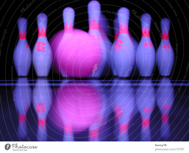 Strike I Bowling Bowling alley Nine-pin bowling Sports strike pins frame Sphere Ball
