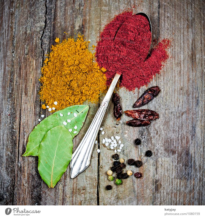 spices Herbs and spices Pepper Curry powder Peppercorn Sense of taste Spicy Spoon Healthy Eating Chili Salt Cooking salt sea salt Bay leaf India Aromatic