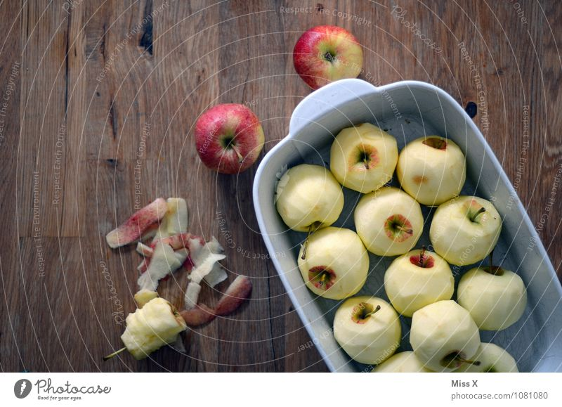 apple day Food Apple Nutrition Organic produce Vegetarian diet Diet Table Delicious Sweet Healthy Eating Baked dish Oven dish Apple pie Apple skin Molt