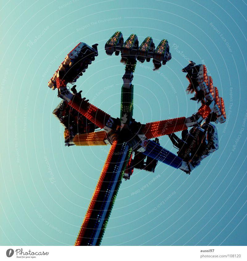 Relaxation Infancy Fairs & Carnivals Markets Exhibition Vertigo Theme-park rides Showman