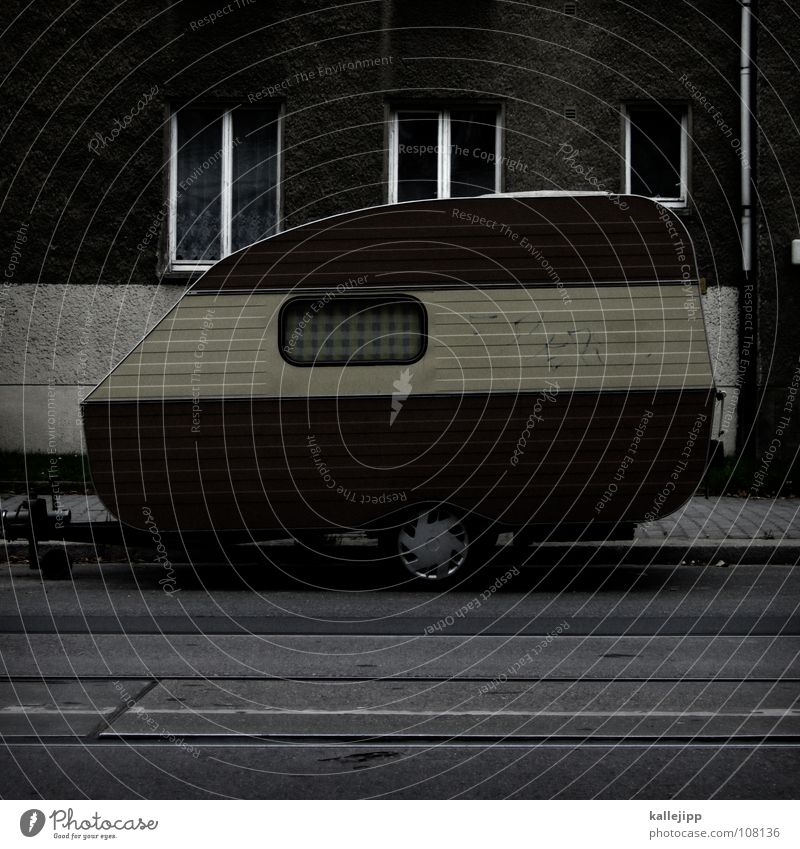 Vacation & Travel Relaxation Window Life Room Flat (apartment) Facade Leisure and hobbies Living or residing Parking lot Parking Camouflage Carriage Caravan Parking space Followers