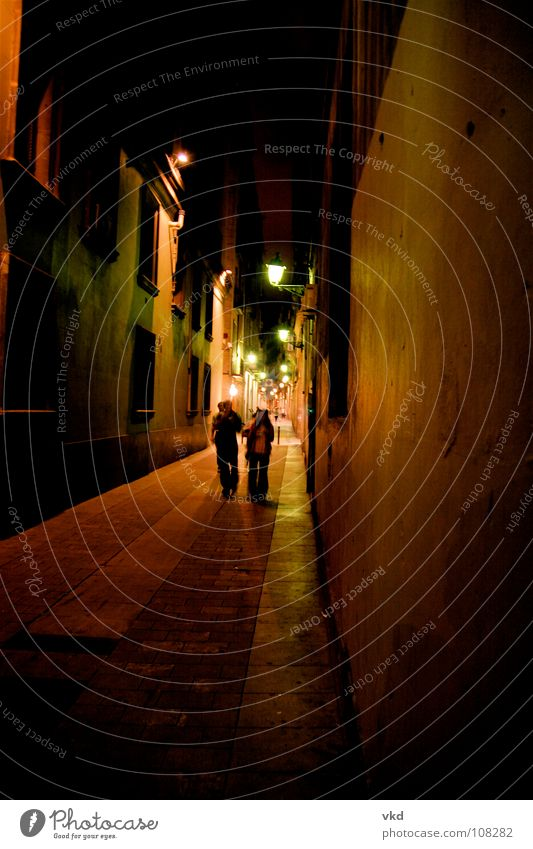 bari gothic barcelona Night Alley Barcelona Light Brown Together Wide angle Long exposure Entrance Way out Late Dark Traffic infrastructure Colour Shadow