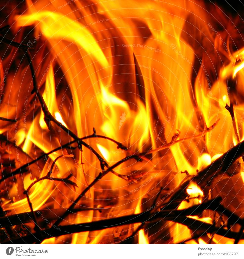 ::: A fire is burning inside me ::: Hot Burn Embers Heat Physics Bomb Explosion Power Melt Hell Red Wood Carbon dioxide Oxygen Air Barbecue (apparatus) Summer