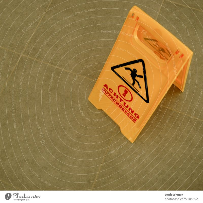 Feet Legs Signs and labeling Dangerous Stand Floor covering Threat Lie To fall Cleaning Craft (trade) Signage Stupid Accident Warning label Household