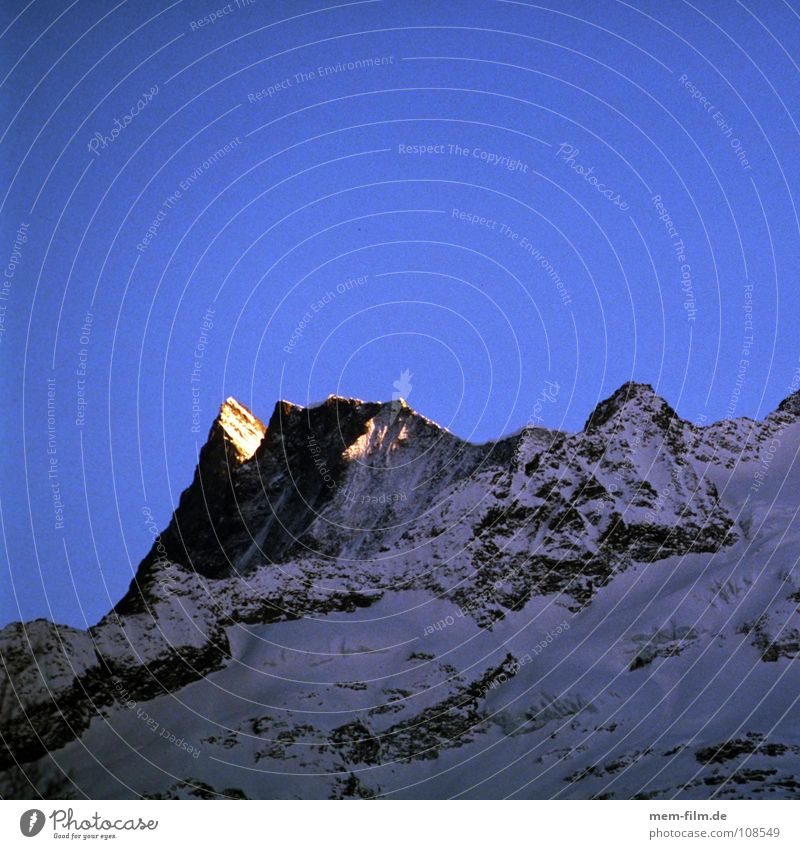 Blue Red Winter Cold Snow Mountain Rock Frost Switzerland Climbing Alps Peak Top Mountaineering Grindelwald