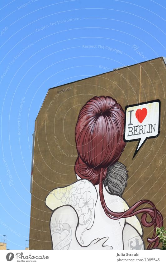 i love berlin Couple Hair and hairstyles Work of art Youth culture Berlin Germany Capital city House (Residential Structure) Building Facade Embrace
