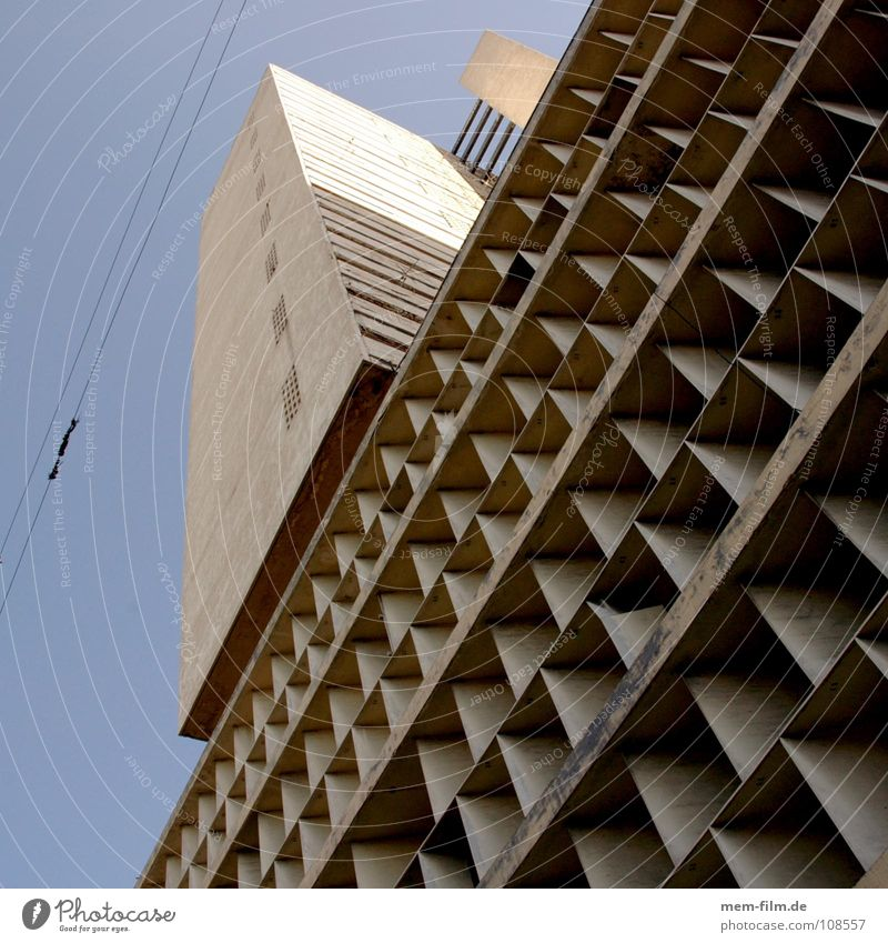 House (Residential Structure) High-rise Modern Gloomy Living or residing Cuba Americas Crate Workplace Prefab construction Administration Havana Socialism Communism
