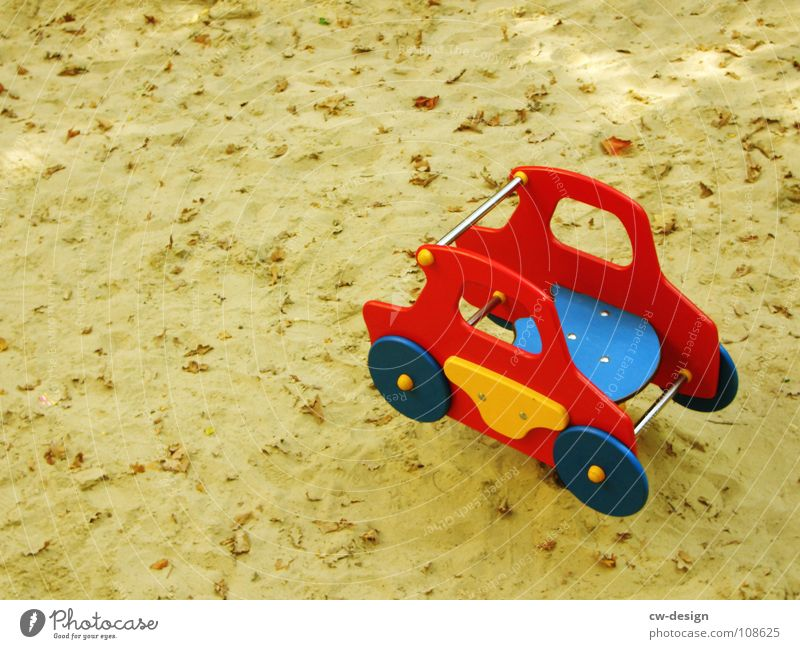 no.vamos.a.comer.el.coche Toys Sandpit Sand toys Things Multicoloured Yellow Red Tracks Dachshund Playing Detail Joy Car box for digging kiddies