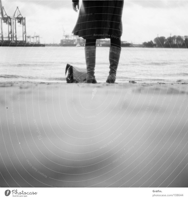 waiting Release Beach Medium format Boots Woman Bag Crane Waves Tide Low tide Surf Expulsion Longing Hand Blur Black & white photo Water River Brook Elbe lucky