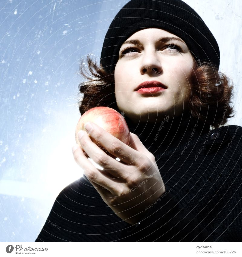 Woman Human being Nature Hand Beautiful Sun Black Autumn Nutrition Food Style Fashion Eating Mouth Fruit Natural