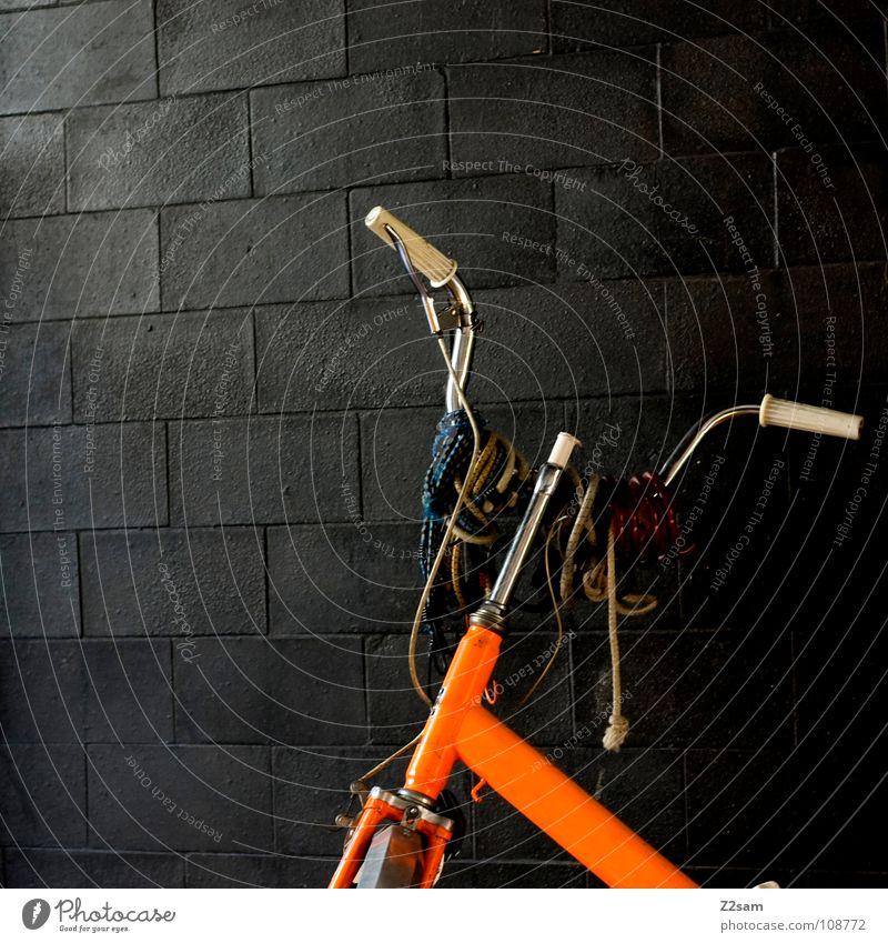 Old Dark Wall (building) Orange Bicycle Glittering Retro Things Tile Jewellery Hang Embellish Means of transport Flashy Bicycle handlebars Adorned