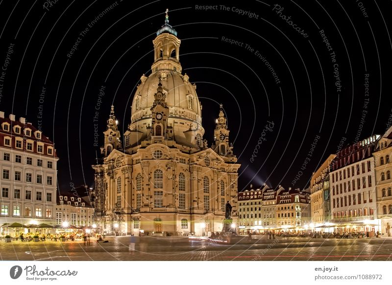 new building Vacation & Travel Tourism Trip Sightseeing City trip Dresden Town Downtown Old town Populated House (Residential Structure) Church Places