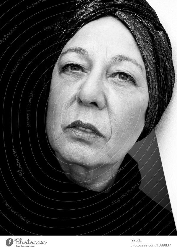 Human being Woman Calm Adults Face Senior citizen Feminine Dream Elegant 60 years and older Uniqueness Female senior Make-up Lipstick Clothing Turban