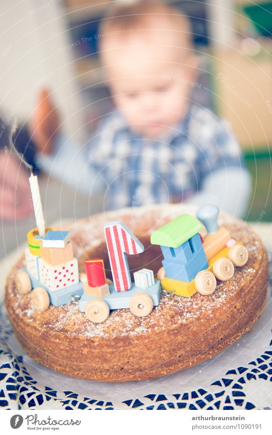 FirstBirthday Cake Eating Happy House (Residential Structure) Masculine Toddler Boy (child) Family & Relations Infancy 1 Human being 0 - 12 months Baby