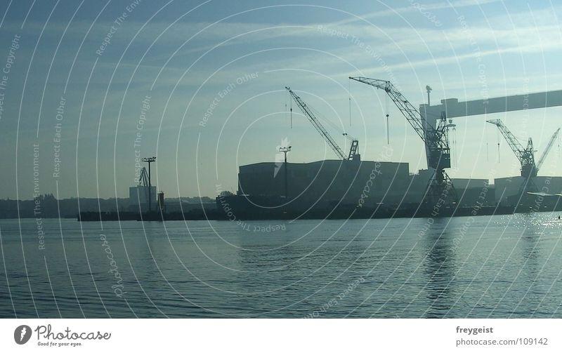 Quay very big Jetty Promenade Lake Watercraft Crane Industry Kiel före Harbour Baltic Sea