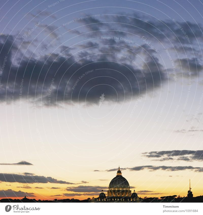 Somewhere in Italy (14). Sky Clouds Spring Beautiful weather Rome Manmade structures Building Architecture Esthetic Blue Gold Black Emotions Belief
