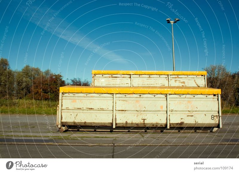 CONTAINER * 2 Covers (Construction) Lamp Street lighting Steel Asphalt Deserted Clouds Grass Yellow Green Industry Transport Derelict Container Followers