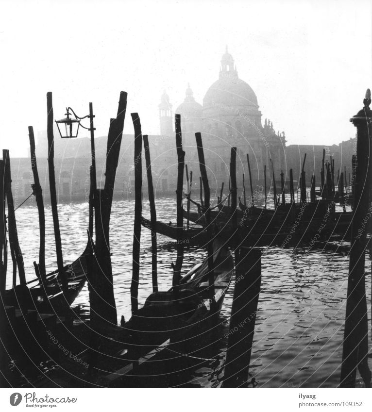Water Black & white photo Fog Italy Traffic infrastructure Venice Channel Gondola (Boat) Lagoon Canal Grande