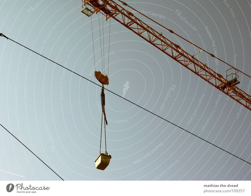 Sky Yellow Work and employment Rope Tall Crazy Industry Construction site Railroad tracks Steel Craft (trade) Weight Crane Downward Pull Heavy