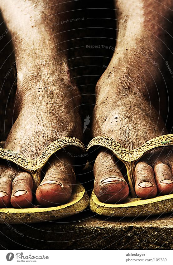 tired feet Slippers Cloth Dangerous foot texture brothers street photojournalism