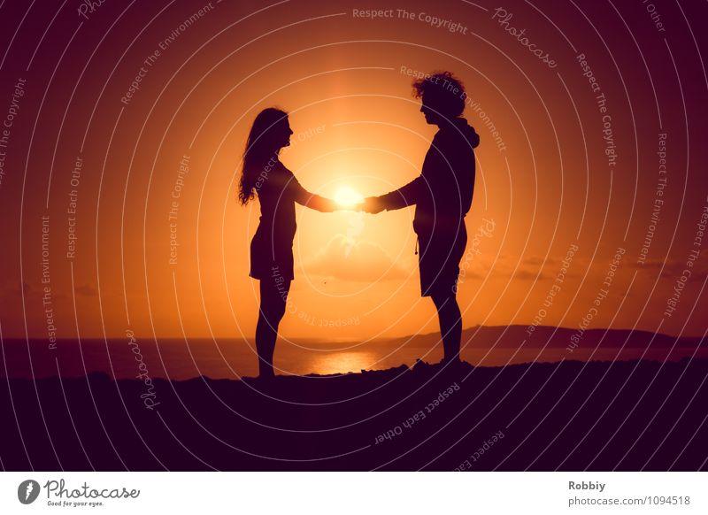 Human being Sky Sun Ocean Landscape Beach Emotions Love Coast Happy Couple Together Horizon Friendship Orange Joie de vivre (Vitality)
