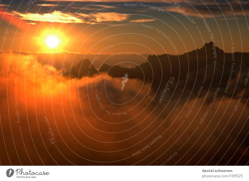 Sky Blue Colour Sun Red Clouds Cold Mountain Yellow Background picture Leisure and hobbies Weather Air Fog Climate Point