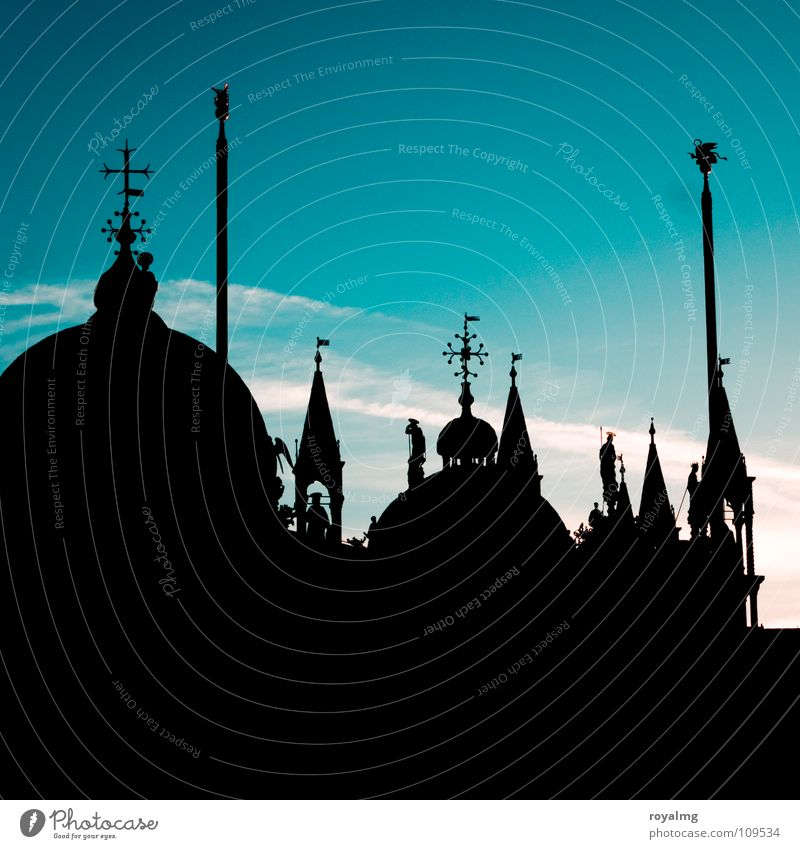 turrets Black Sunrise Manmade structures St. Marks Square Places Dark Silhouette Flagpole Venice Italy Tower Roof Morning Peace Calm Basilica San Marco Historic