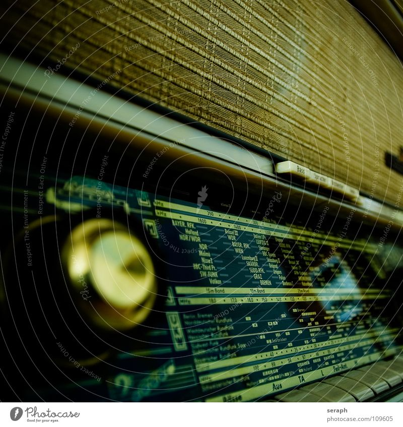 Old Music Communicate Telecommunications Historic Furniture Analog Nostalgia Radio (device) Switch Radio (broadcasting) Loudspeaker Ancient Original Sound 50