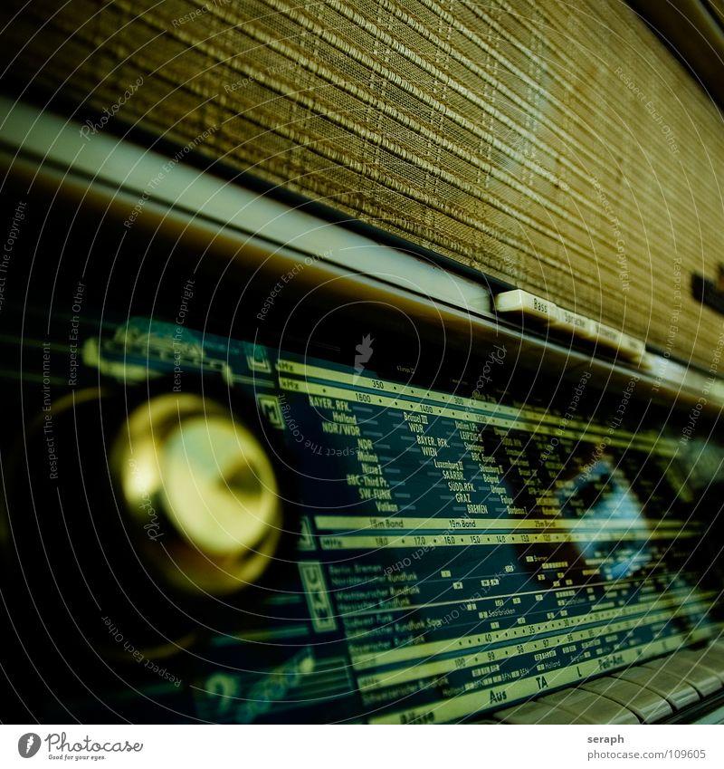 Video killed a Radio Star tube radio Radio (broadcasting) Radio (device) Old Ancient Historic Music Loudspeaker Sound system The fifties 50 Receive Analog